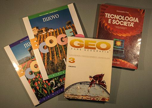 manuali di testo scolastici