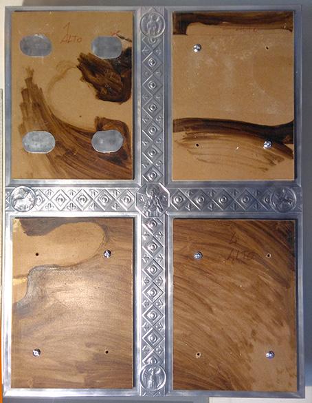 Mirasole - progetto ambone, la lastra di fondo e i 4 inserti di masonite