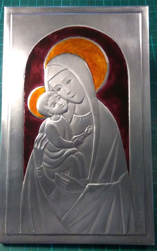 Madonna con Bambino, prima smaltatura