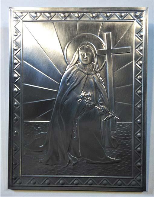 Santa Teresina del Bambin Gesù. Sbalzo ripiegato e fissato al supporto